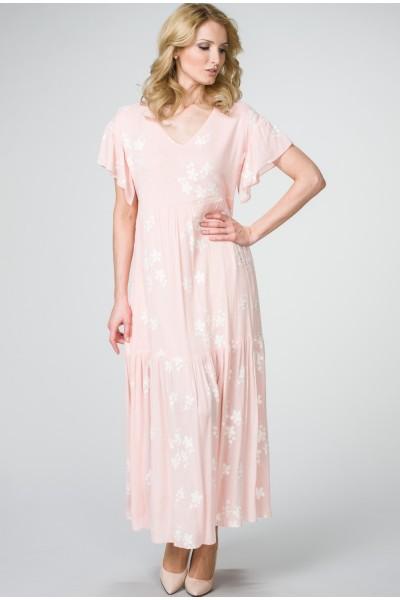 Длинное летнее платье нежно-розовое с цветочным принтом