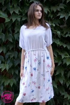 Белое летнее платье с принтом и поясом -шнурок, Free Size (50-52-54) вискоза